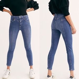 NWT Free People Riley Seamed Skinny Blue Jeans 25